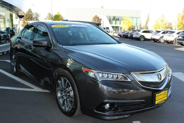 Pre-Owned 2016 Acura TLX V6 Advance