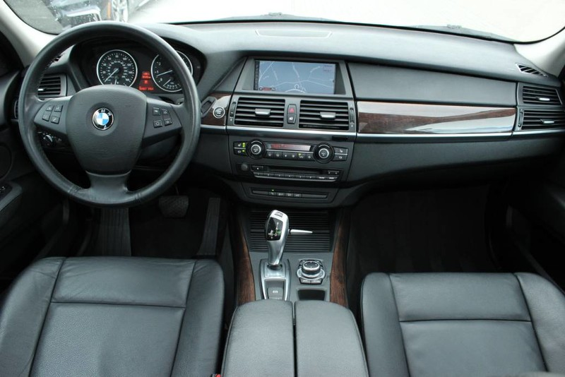 Pre-Owned 2011 BMW X5 35i