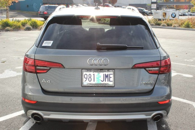 Pre-Owned 2017 Audi allroad Premium Plus